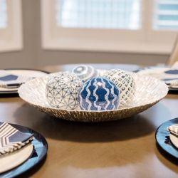contemporary-new-home-table-setting.jpg